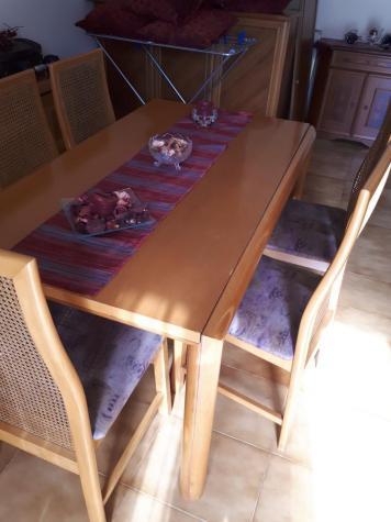Τραπέζια. Photo 1