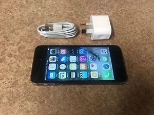 IPhone 5s 16gb Space Grey, ΣΕ ΑΡΙΣΤΗ ΚΑΤΑΣΤΑΣΗ ΜΕ ΦΟΡΤΙΣΤΗ. Photo 0