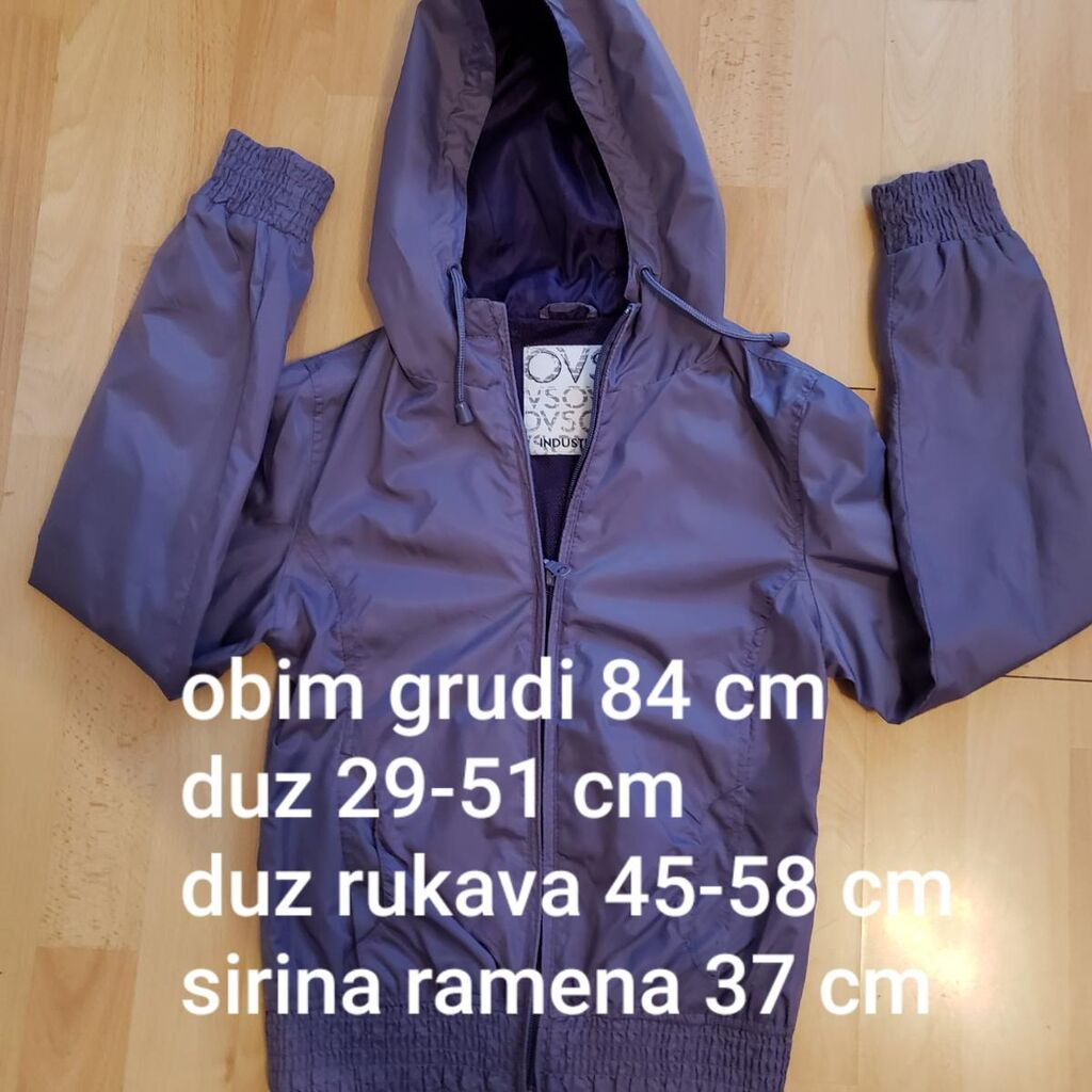Prelepa jakna - suskavac marke OVS