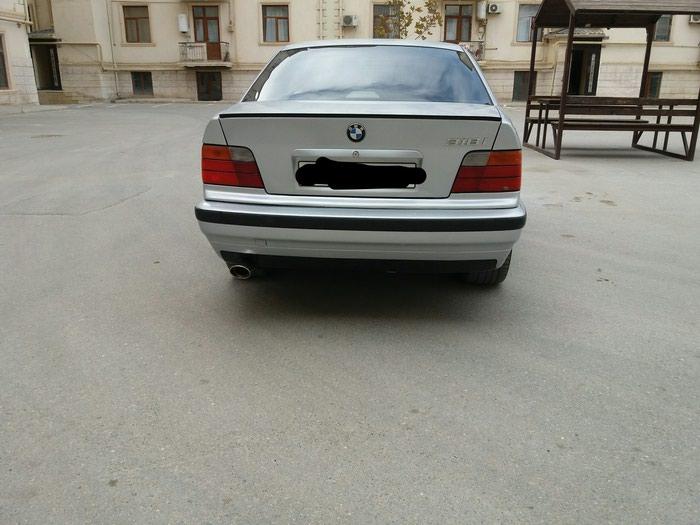 BMW 318 1997. Photo 2