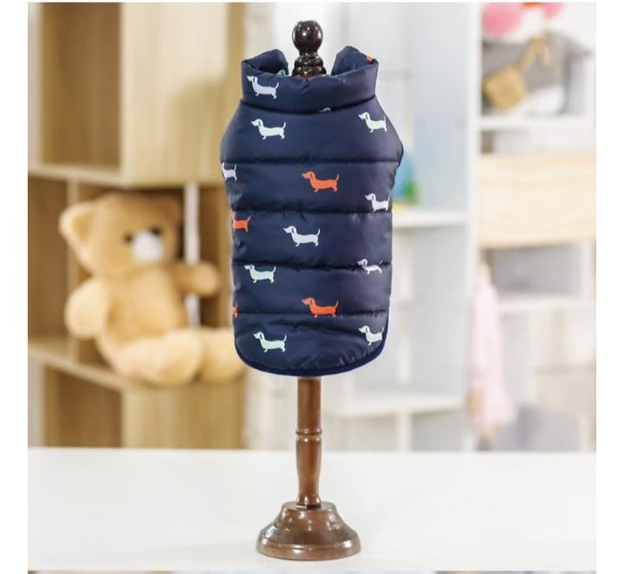 Продается теплая жилетка на флисе. Новая, размер М. Photo 0