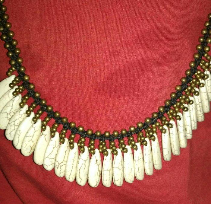 Ожерелье с камнем Кахолонг...  В. Photo 0