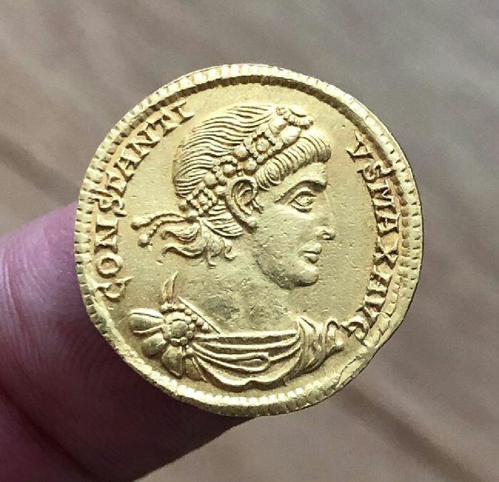 Χρυσο νομισμα αρχαιοτητων χρονων Κ9