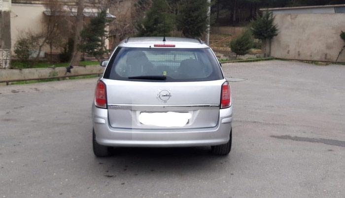 Opel Astra 2006. Photo 2