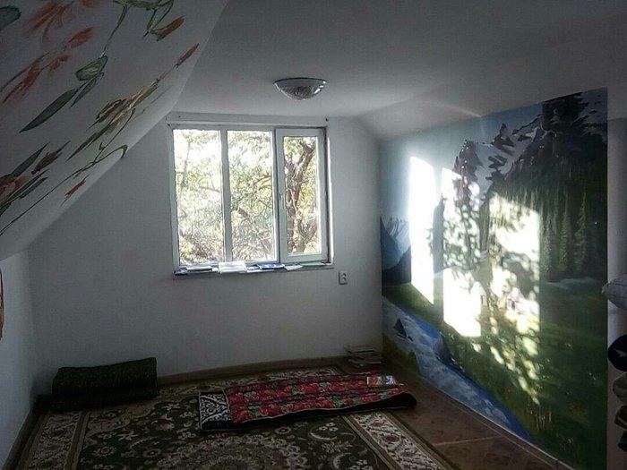продаю срочно! дом мансарт,дмитриевская дача! есть хоз. постройки,вода in Бишкек