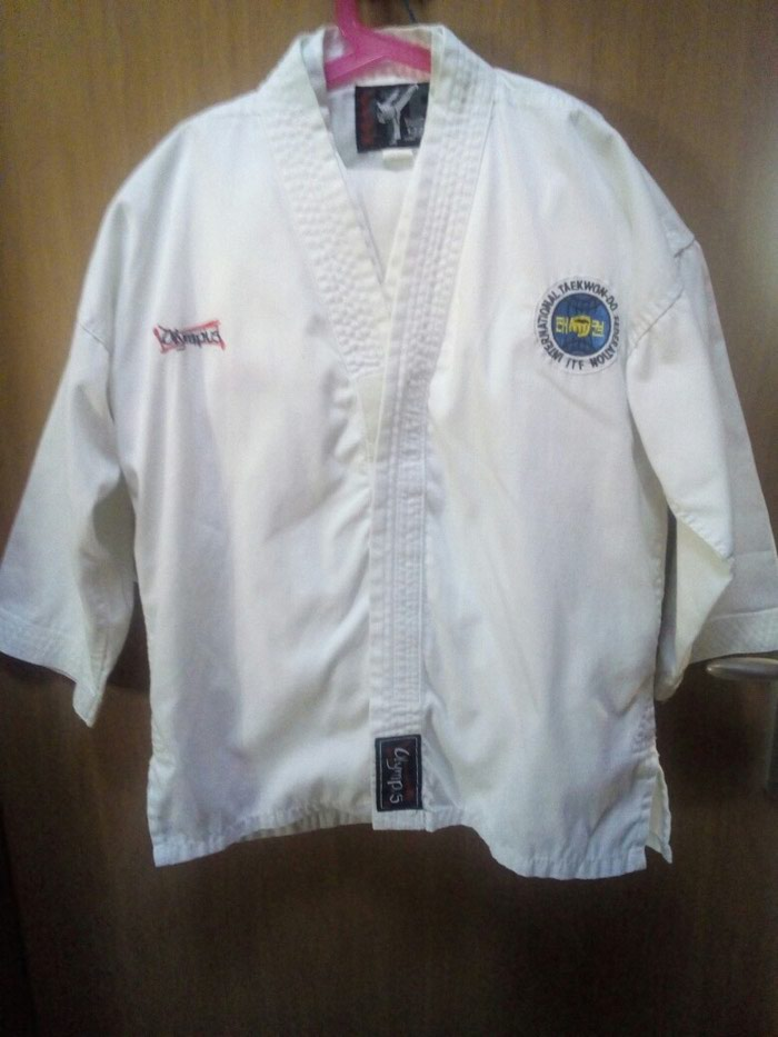 ecb6d538eba 2 στολές taekwondo σε νούμερα 140 και 150 για for 15 EUR in Μοσχάτο ...