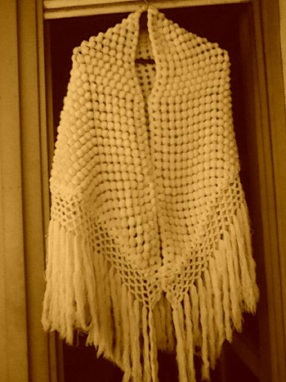 Zenski ogrtac od vunice,rucni rad
