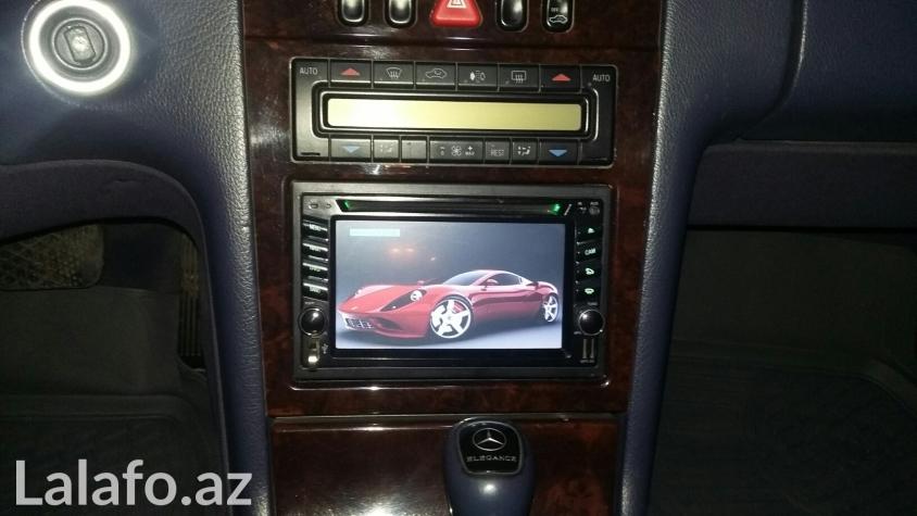 Bakı şəhərində Universal multimedia monitorlar. Sensor ekran. Dvd, flaşka sd kart aux