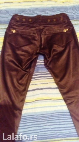 Nove satenske pantalone kupljene u inostranstvu, obučene samo jednom. Photo 0