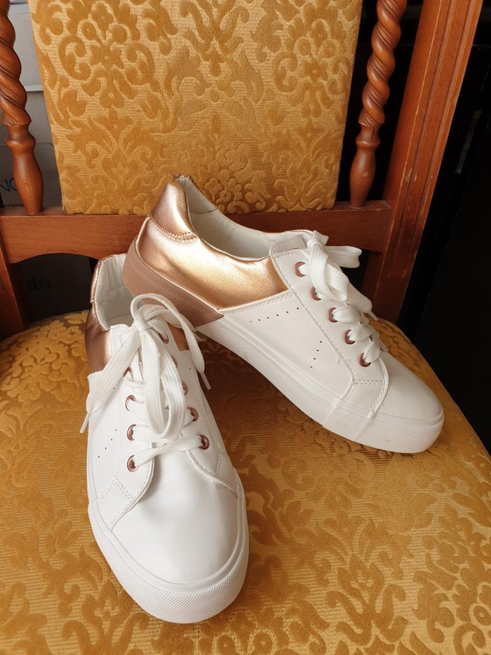 Ženska patike i atletske cipele - Velika Plana: AKCIJA, NOVE patike, rosegold 40br