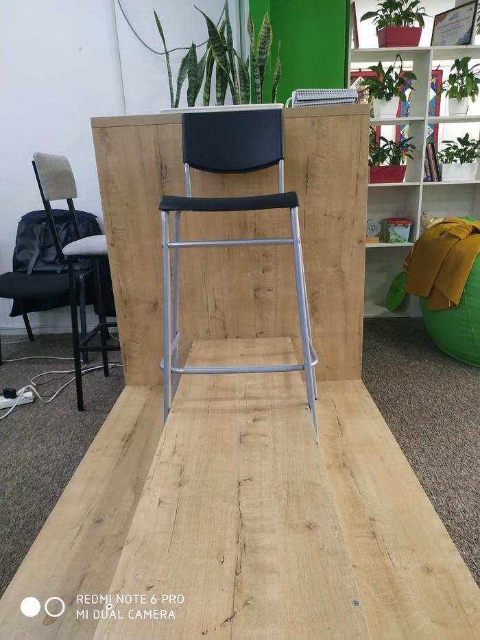 Продаю барные стулья, высота 70 см( новые). в Бишкек