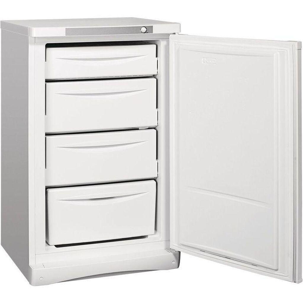 Новый Однокамерный Белый холодильник Indesit: Новый Однокамерный Белый холодильник Indesit