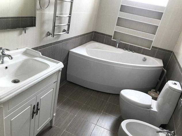 Сдается квартира: 4 комнаты, 145 кв. м., Бишкек. Photo 3