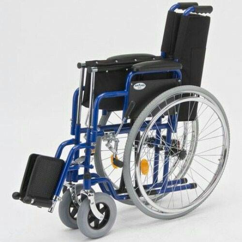 Инвалидная коляска размер 46 . Photo 0