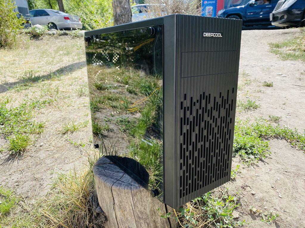Процессор: AMD Ryzen 5 2400G с видеокартой Radeon™ RX Vega 11