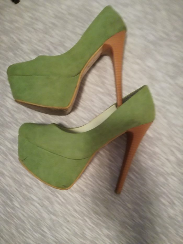 Cipele na stiklu, broj 37