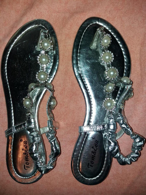 Sandale-japanke srebrne 39