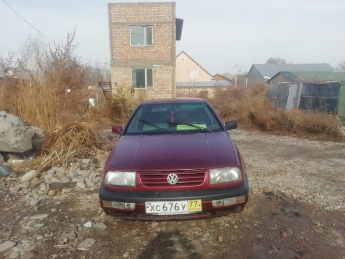 Volkswagen Vento 1992 в Душанбе