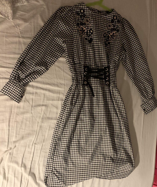 Prolećna- letnja haljina, kupljena u butiku u Dubrovniku, jedanput nosena