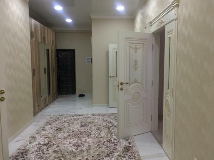 Сдается квартира: 3 комнаты, 140 кв. м., Бишкек. Photo 7