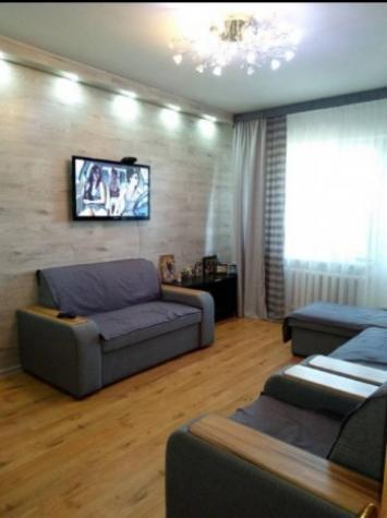 Продается квартира: 3 комнаты, 67 кв. м., Бишкек. Photo 0
