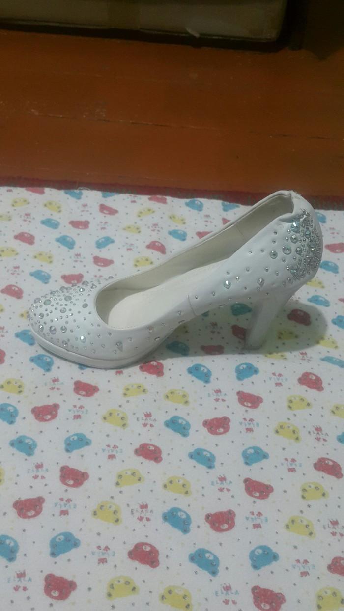 Женские туфли. Photo 3