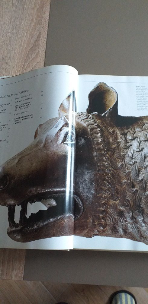Rim- Istorija. Drevni Rim. 36×26cm.Tvrdo koricena. Nekoristeno.. Photo 1