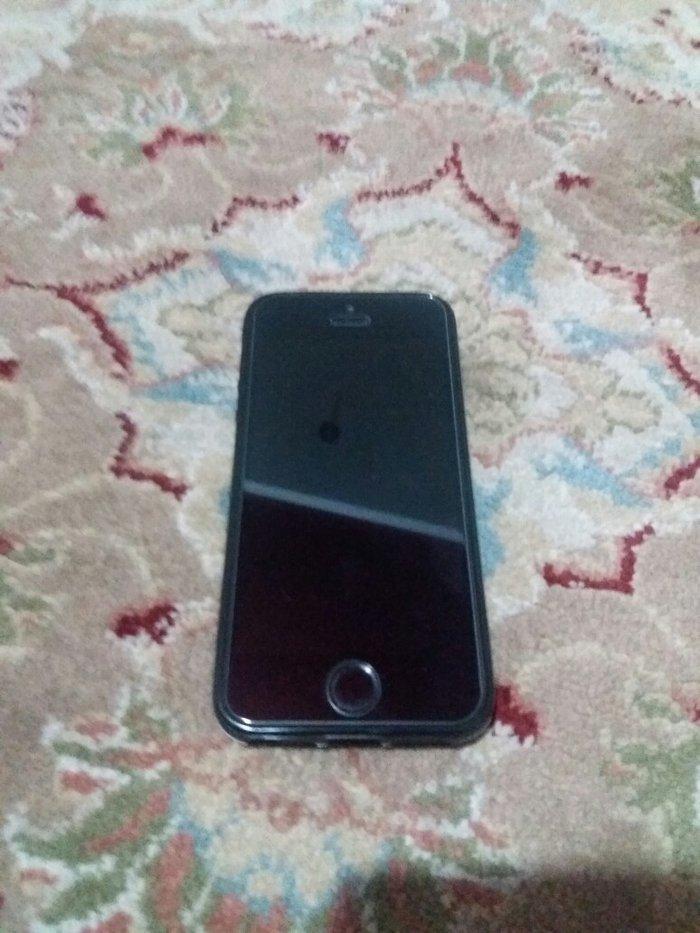 IPhone5s новый оригинал айклауд чистый,защитное стекло,чехол,зарядка,н в Бишкек