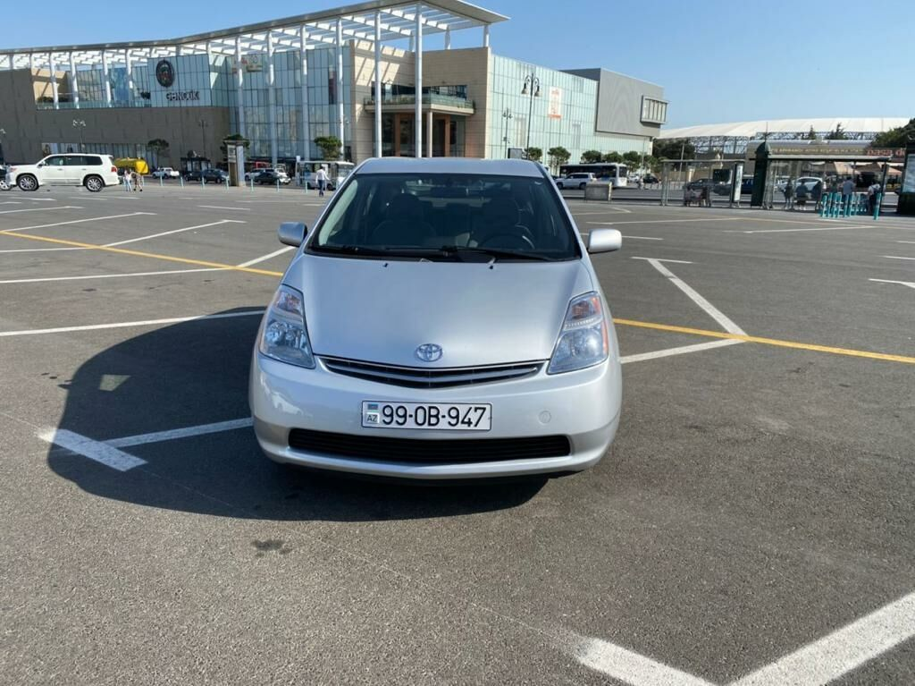 Toyota Prius 1.5 l. 2007   125000 km: Toyota Prius 1.5 l. 2007   125000 km