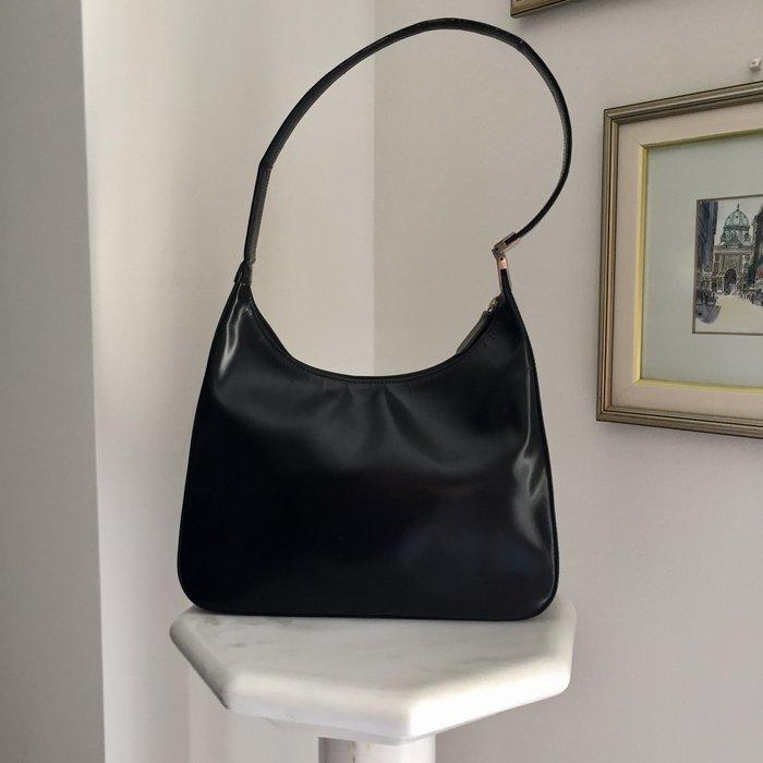 Καλογήρου μαύρη δερμάτινη τσάντα ώμου. Photo 1