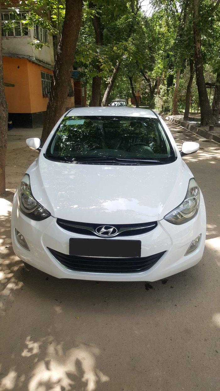 Hyundai Elantra 2013. Photo 0