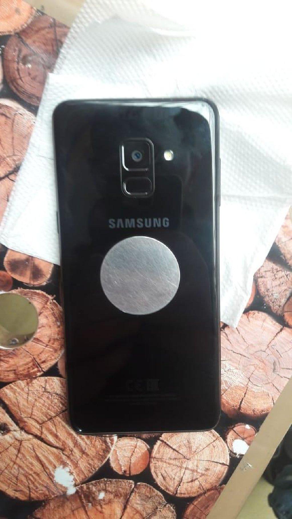 İşlənmiş Samsung A800 64 GB qara