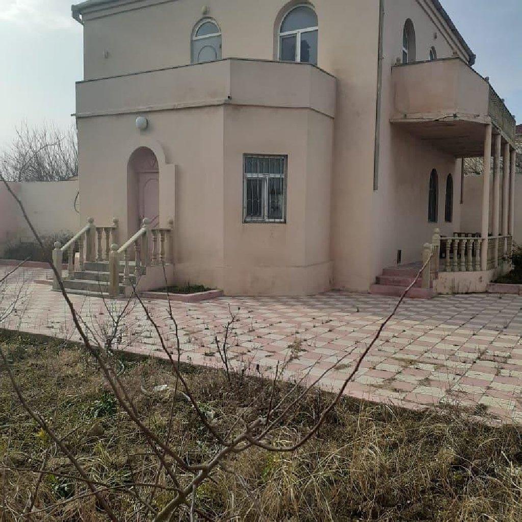 Satış Evlər vasitəçidən: 210 kv. m, 4 otaqlı