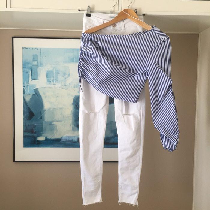 ZARA Denim λευκό skinny τζιν. Είναι ψηλόμεσο. Photo 0