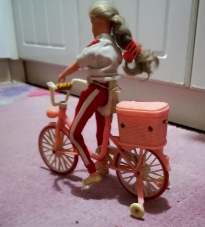 Barby na biciklu očuvana. Photo 0