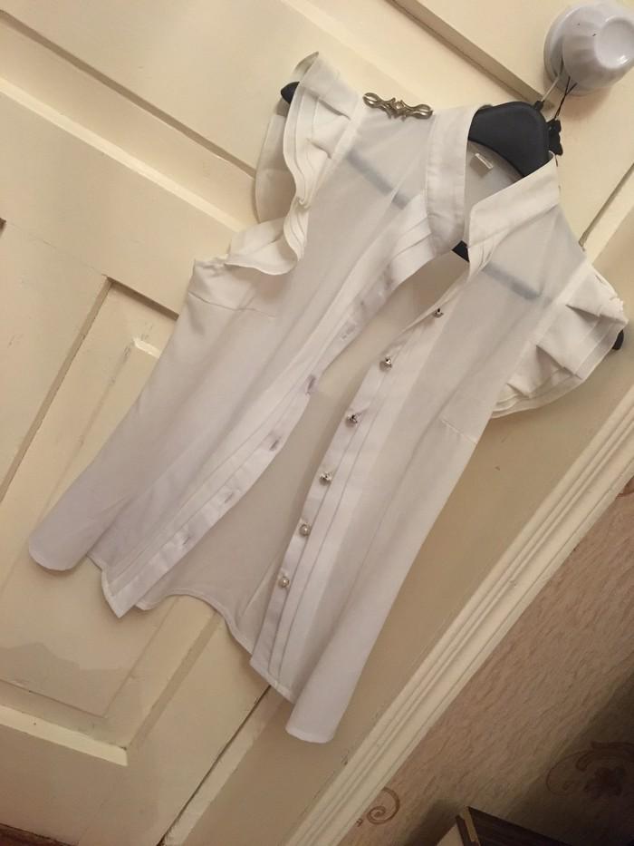 Продам обе школьная форма одевалась 1 раз размер юбка 44 кофта 52 . Photo 0