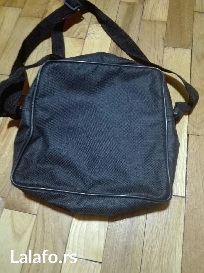torbica manja za dvogled odlicno ocuvana - Pancevo