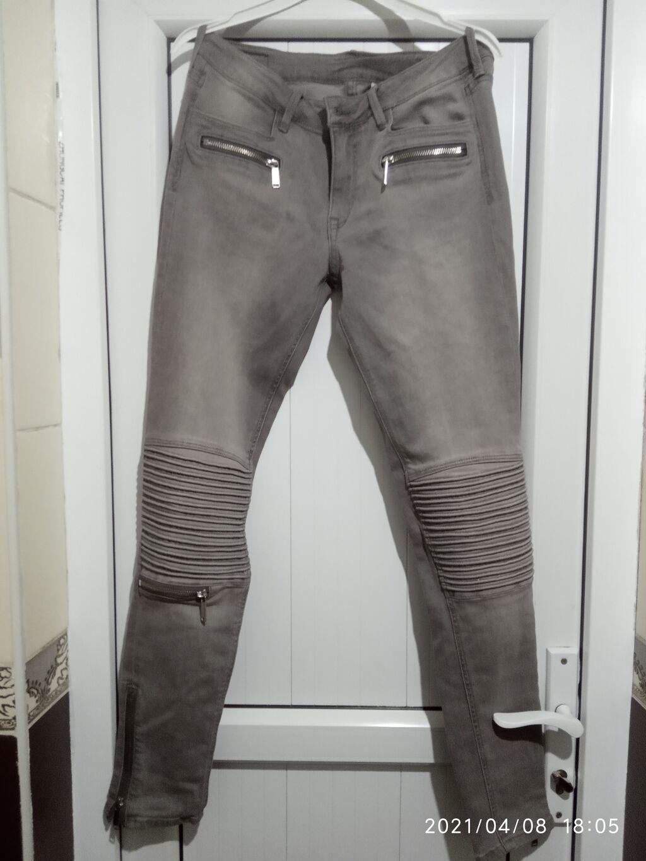 Продаю почти новый фирменный джинсы: Продаю почти новый фирменный джинсы