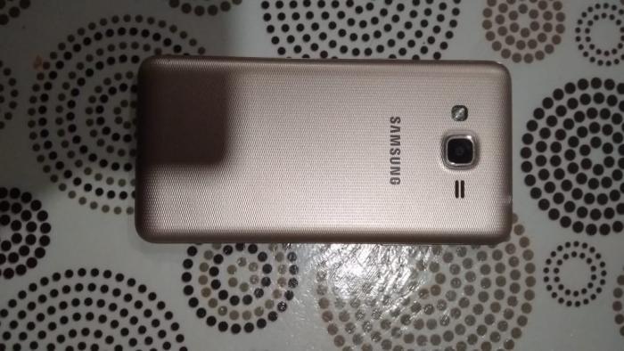 İşlənmiş Samsung Galaxy J2 Prime 8 GB qızılı. Photo 0