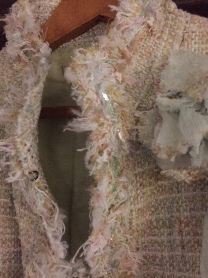 Σακάκι tweed βεράμαν  με λουλούδι , κοντό τύπου Chanel . Νο small .Αφό. Photo 3