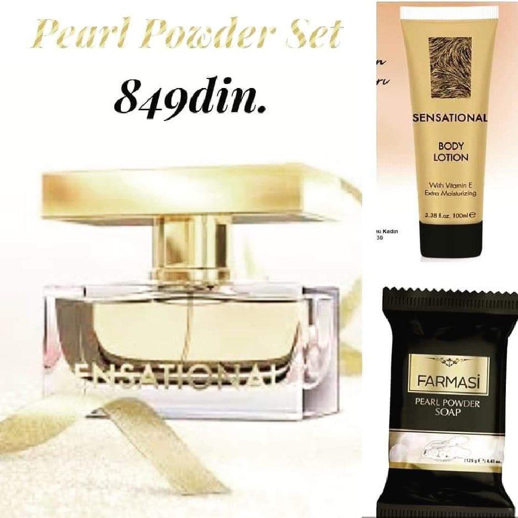 Pearl Powder Set sadrži: