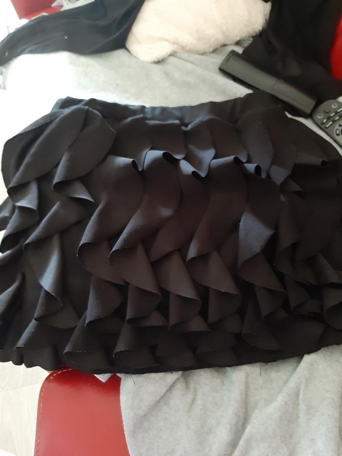 Crna mini suknja M - Novi Sad