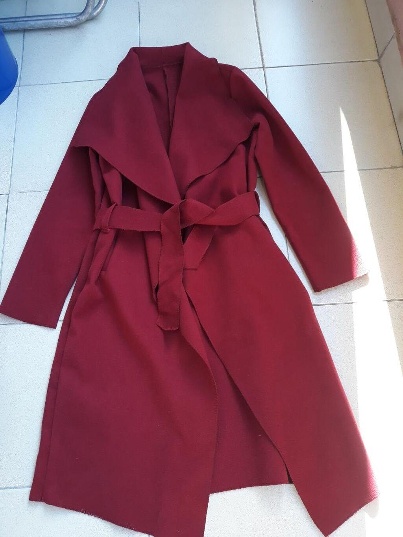Potpuno nov kaput,bordo boje