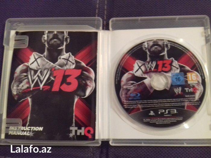 Bakı şəhərində PlayStation 3 üçün oyun diskləri, hərəsi
