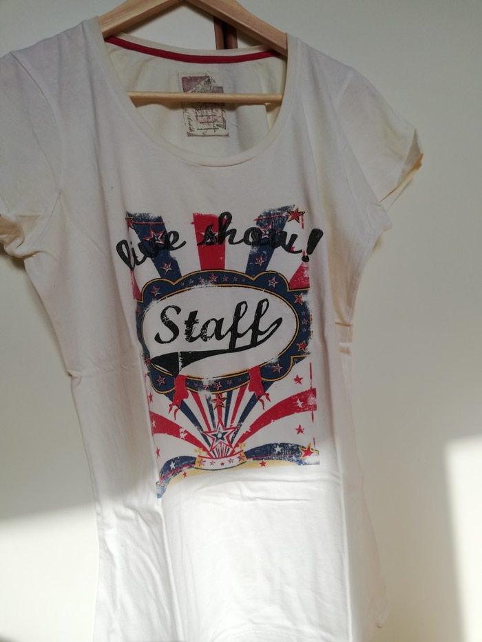 """Μπλούζα """"Staff Jeans"""" γυναικεία. Small μεγεθος, στενη γραμμή σε Λιμένας Μαρκοπούλου"""