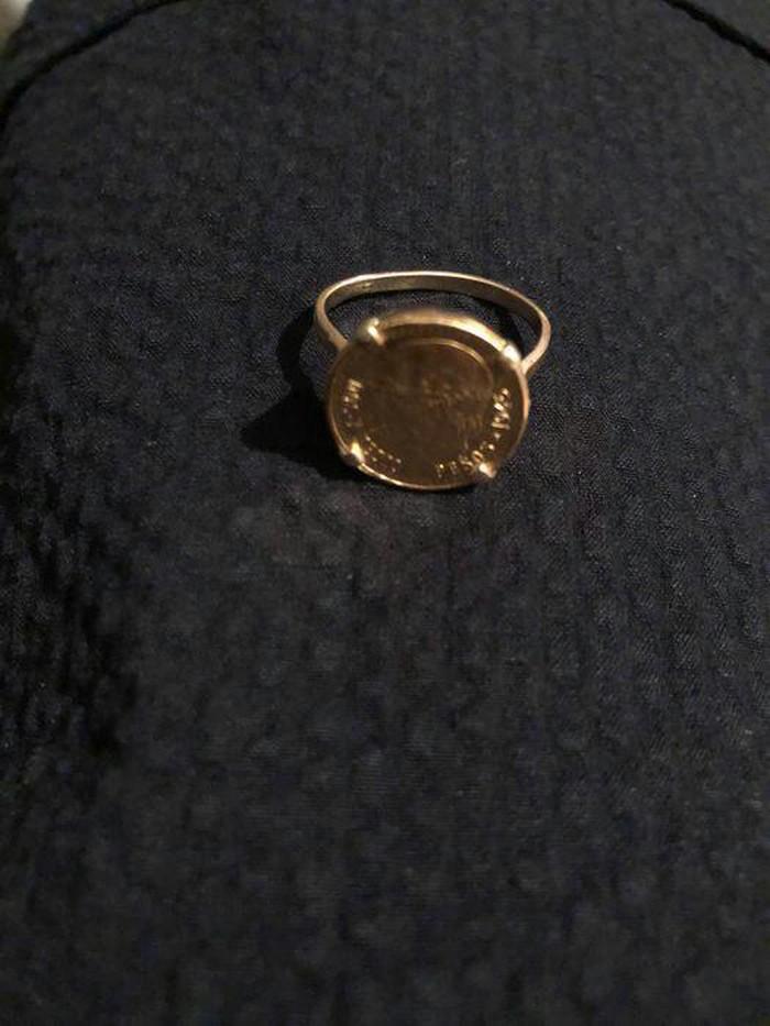 Καθαρο χρυσο δαχτυλιδι λιρα κ9 βαρος  12 γραμμ.. Photo 0