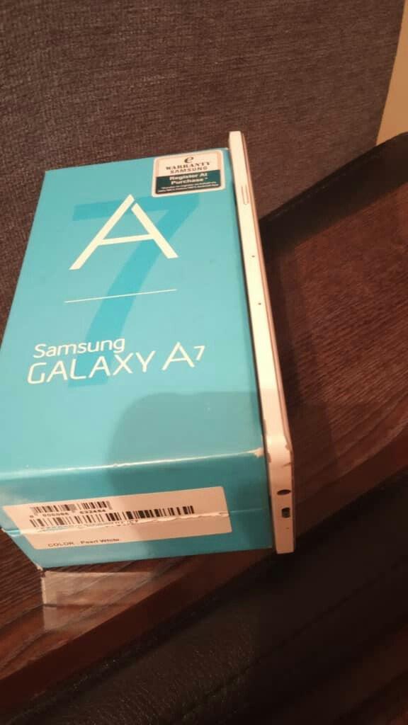 Samsung A7. Photo 5
