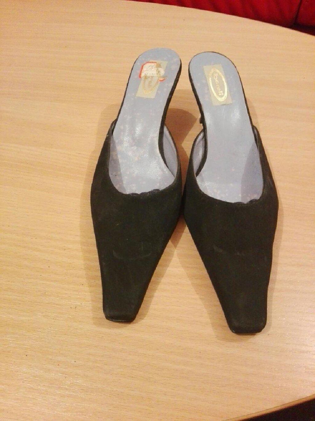 Boreli papuce br 38