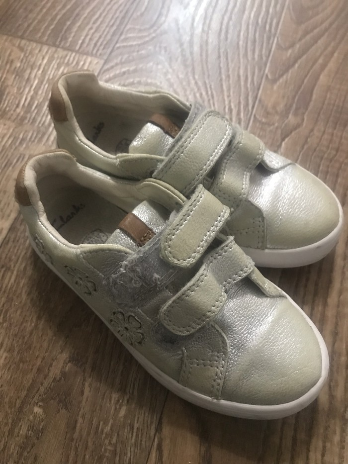 dbf0699ab Обувь на девочку три пары за 500с за 500 KGS в Бишкеке: Детская ...
