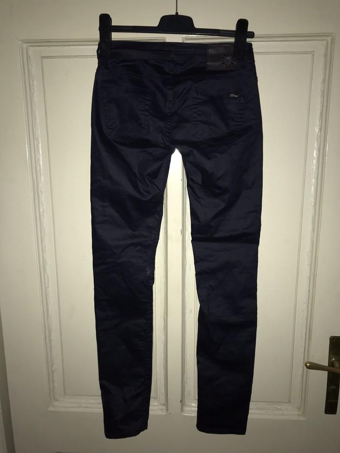 Farmerice-pantalone, jednom nosene, kao nove